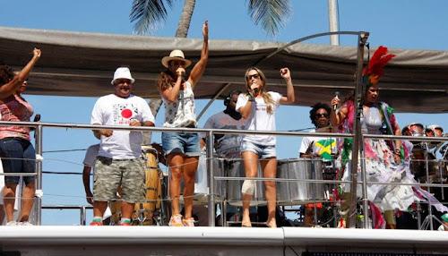 Por contrato, Claudia Leitte e Ivete Sangalo vão repetir parceria e cantar junta