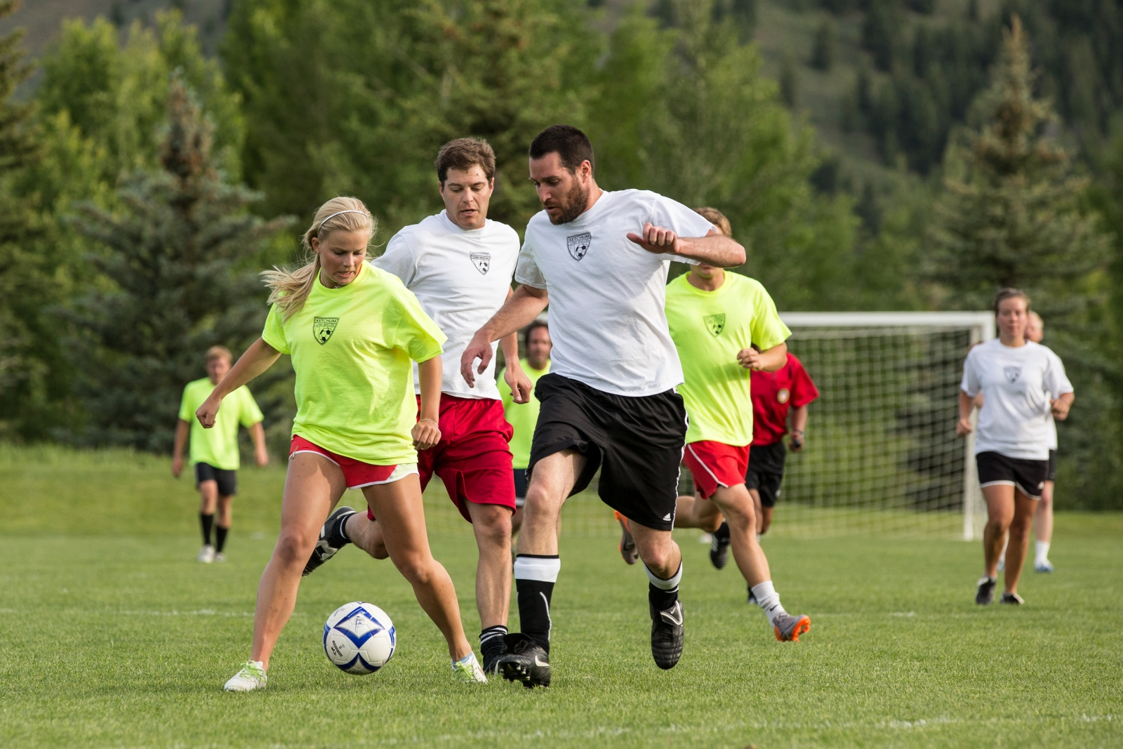 co ed sports teams Open registrations spring 18 co-ed flag football monday novice deadline: 4/ 5/2017 view more play today there are currently no play today requests.