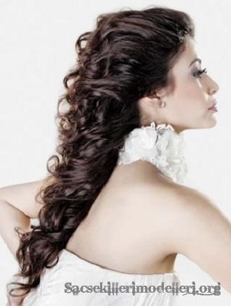 Doğal modern trend düğün saçı gelin topuzu modelleri 2012 2013