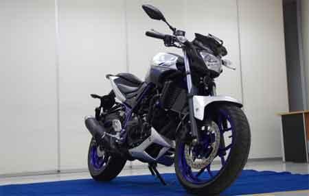 gambar Yamaha MT-25
