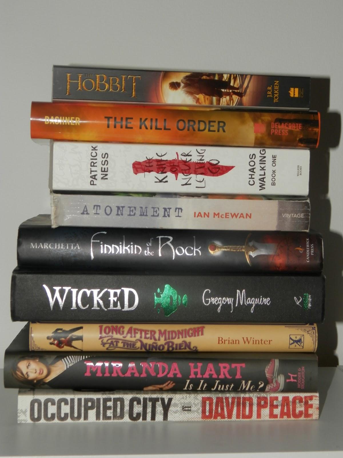 pile of books teen - photo #2