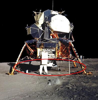 Czy APOLLO 11 faktycznie wylądował na księżycu?