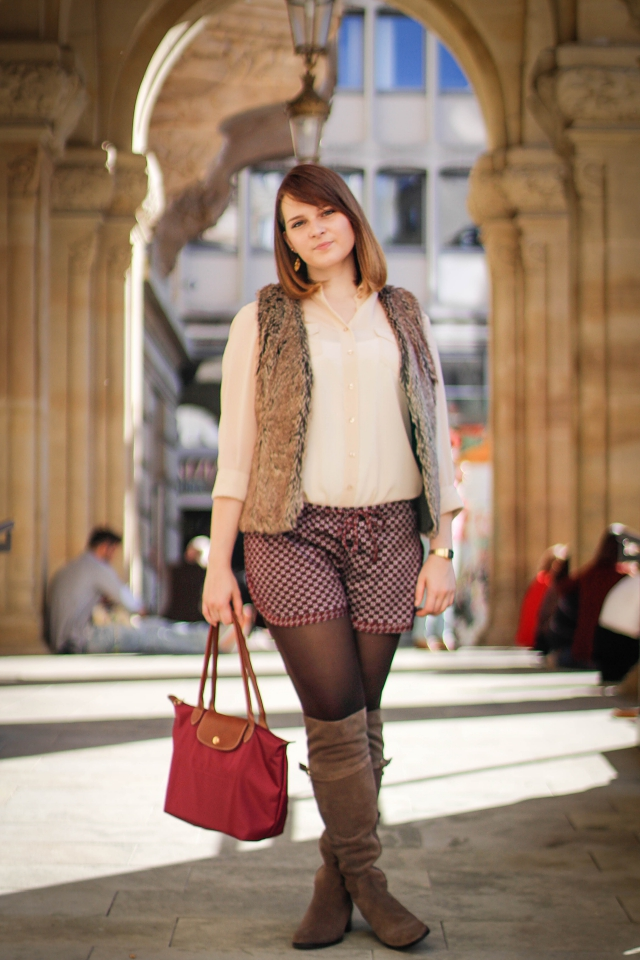 ootd overknees fake fur vest brown burgundy
