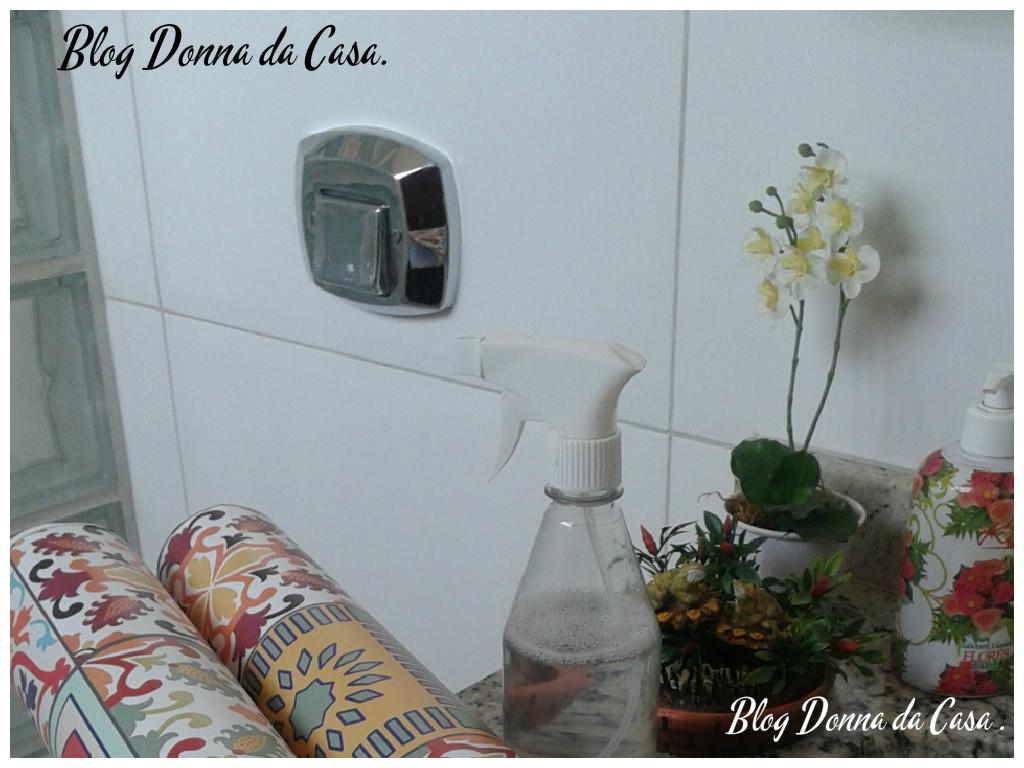 Donna da Casa: Papel de Parede em Banheiro #6B3C38 1024 768