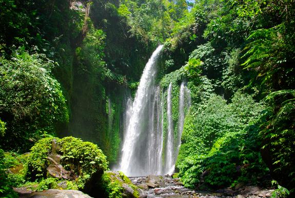 Inilah 10 Air Terjun Terindah di Indonesia