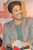 Allu Arjun latest stylish photos-thumbnail-11