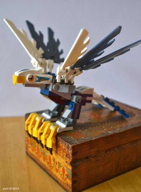 lego chima legend beast eagle - perching proud