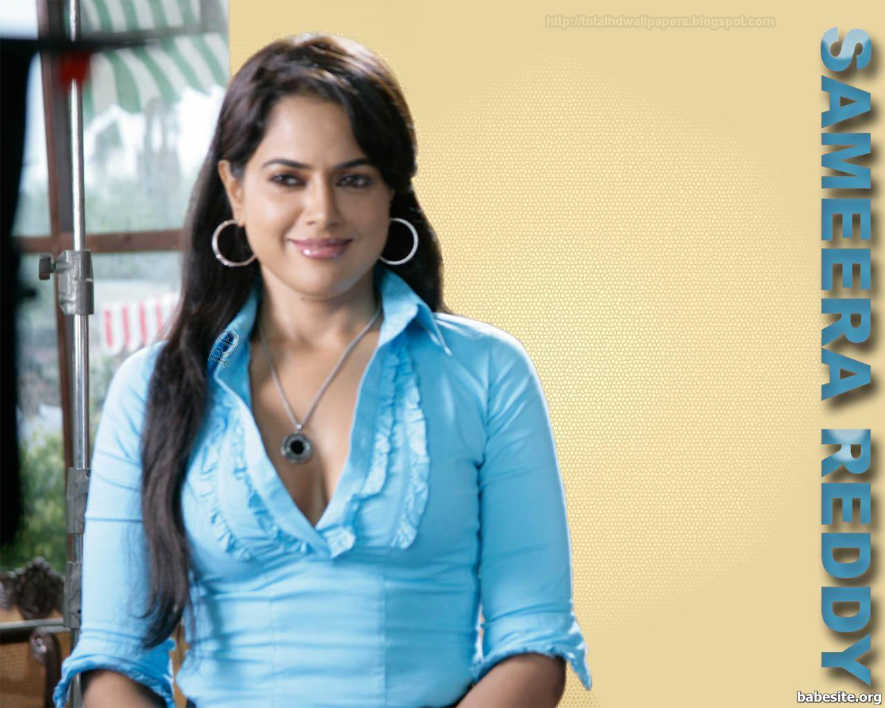 Actresses Hd Wallpapers Sameera Reddy Hd Wallpapers