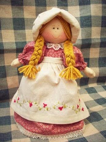 Boneca camponesa de tecido com moldes