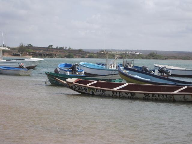 Piraguas en La Somone (Senegal)