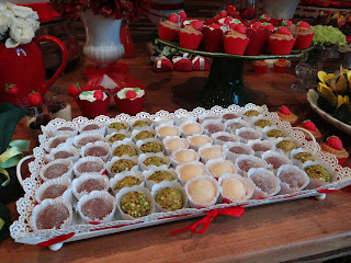 DSC00315.jpg+blog Chá de Cozinha Morango!!!