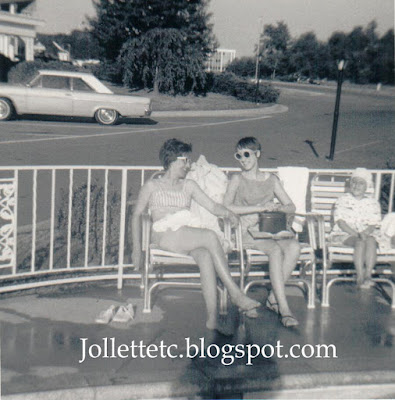 Mary, Wendy, Mary Jollette Slade at Governor House Inn  Falls Church, VA 1960s http://jollettetc.blogspot.com