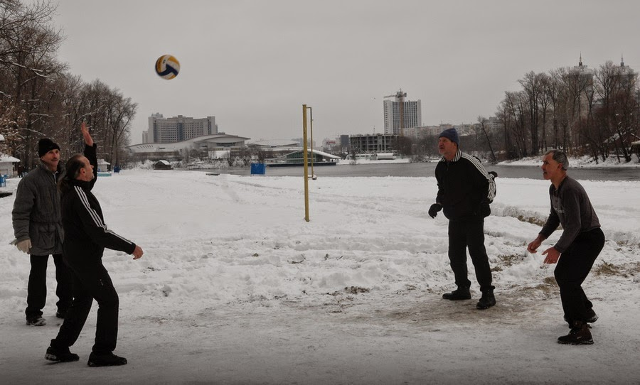 волейбол зимой