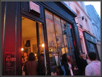 Bar resto La Famille Montmartre Paris 18