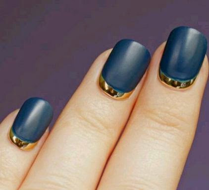Nails with crescents