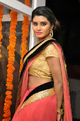 Harini at Valayam movie launch-thumbnail-6