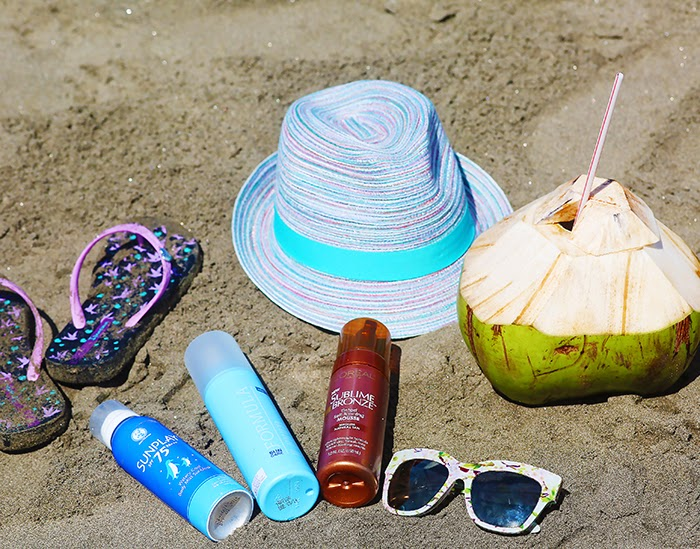 Crystal Phuong's beach essentials