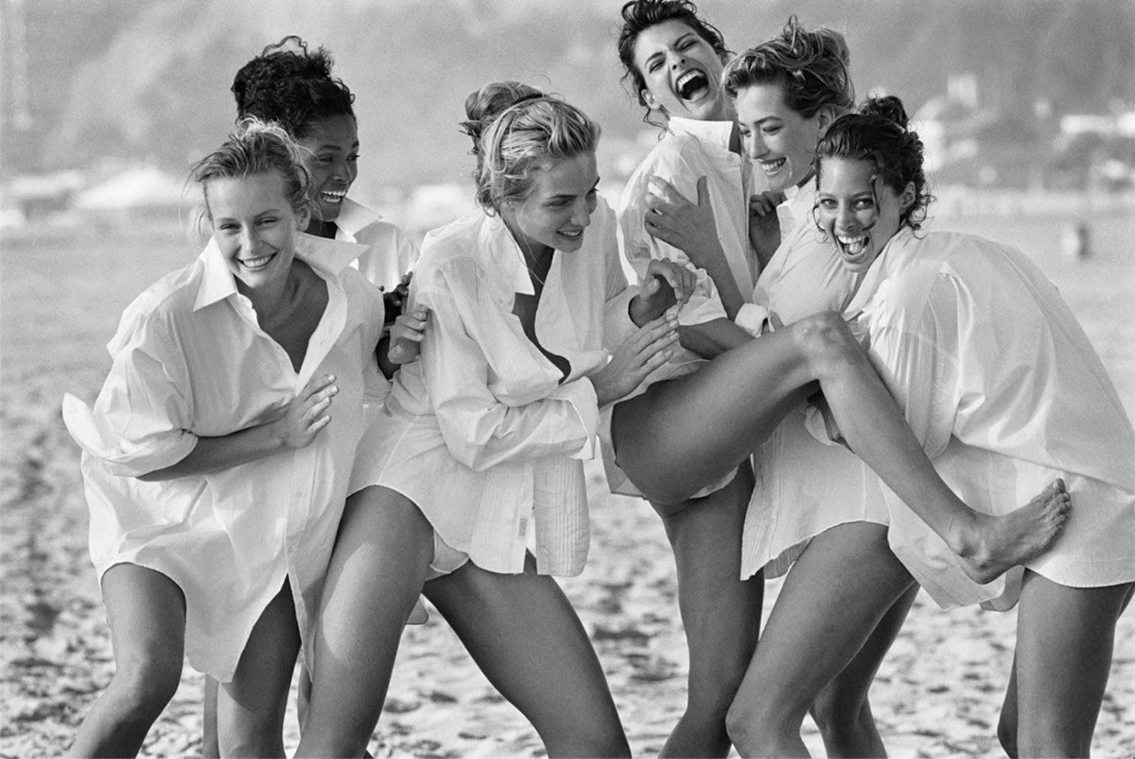 Christy Turlington, Tatjana Patitz, Linda Evangelista photographed by Peter Lindbergh for Vogue US April 1992 / white shirt in fashion editorials / short history of white shirt / wardrobe essentials / via fashioned by love british fashion blog