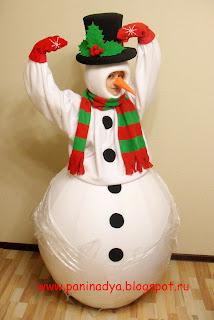 Как из подручных материалов сделать костюм снеговика (без) 28