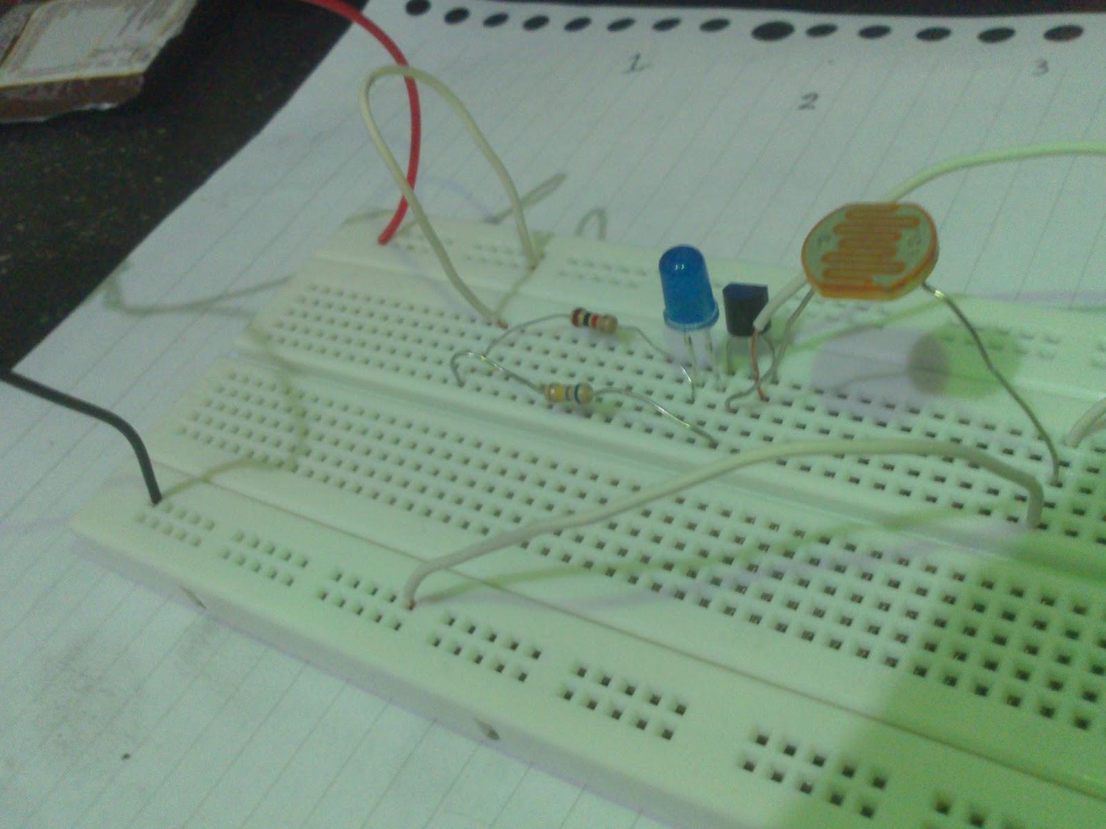 Just Do It Membuat Lampu Otomatis Sederhana Sensor Cahaya Ldr Sekarang Tinggal Dicoba Akan Lebih Terlihat Perbedaannya Pada Malam Hari Saat Dinyalakan Maka Mati Dan Dimatikan