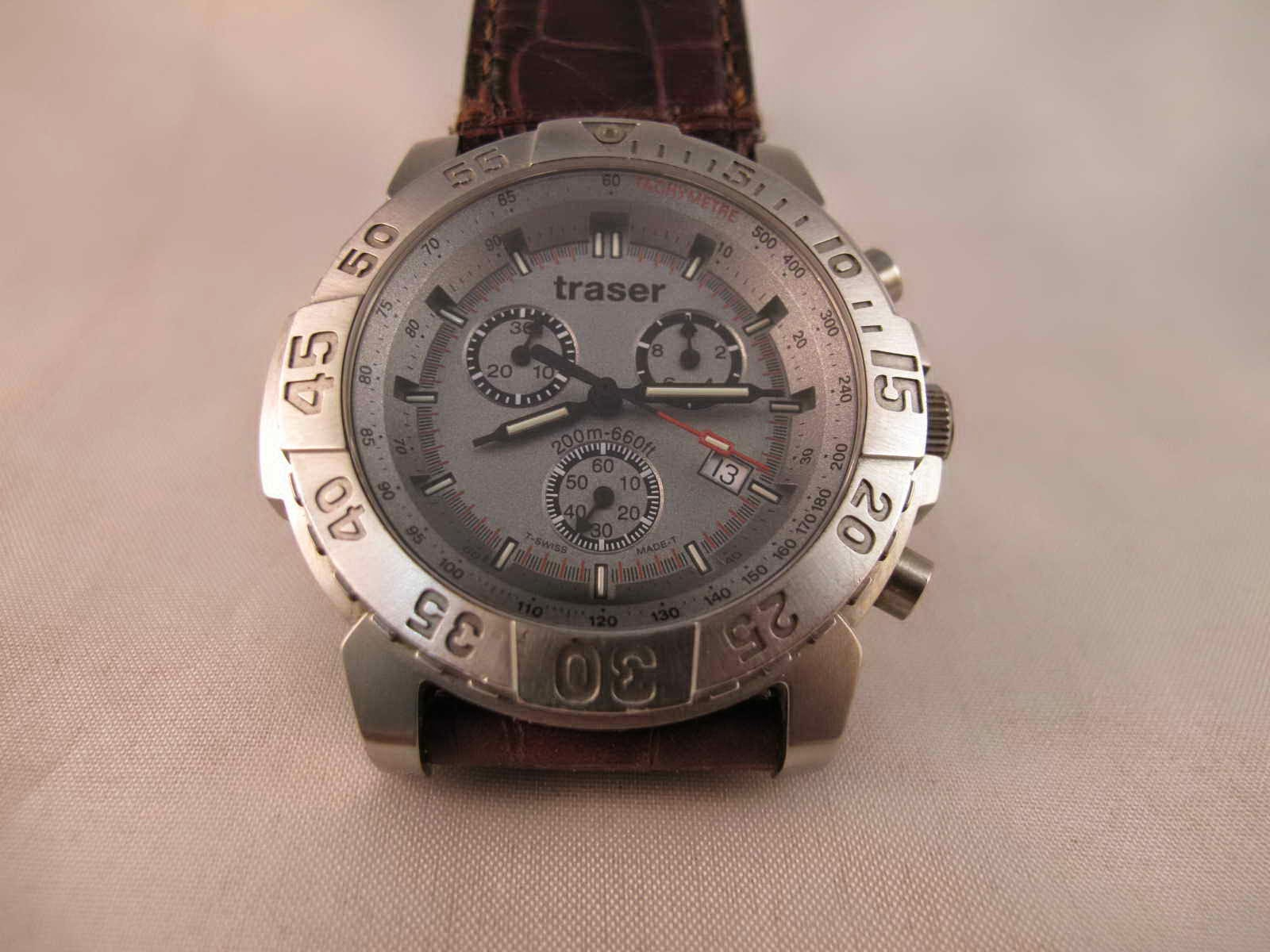 Cocok untuk Anda yang sedang mencari jam tangan Swiss Chronograph Quartz  Swiss made... dengan harga yang sangat terjangkau. f156126e2e