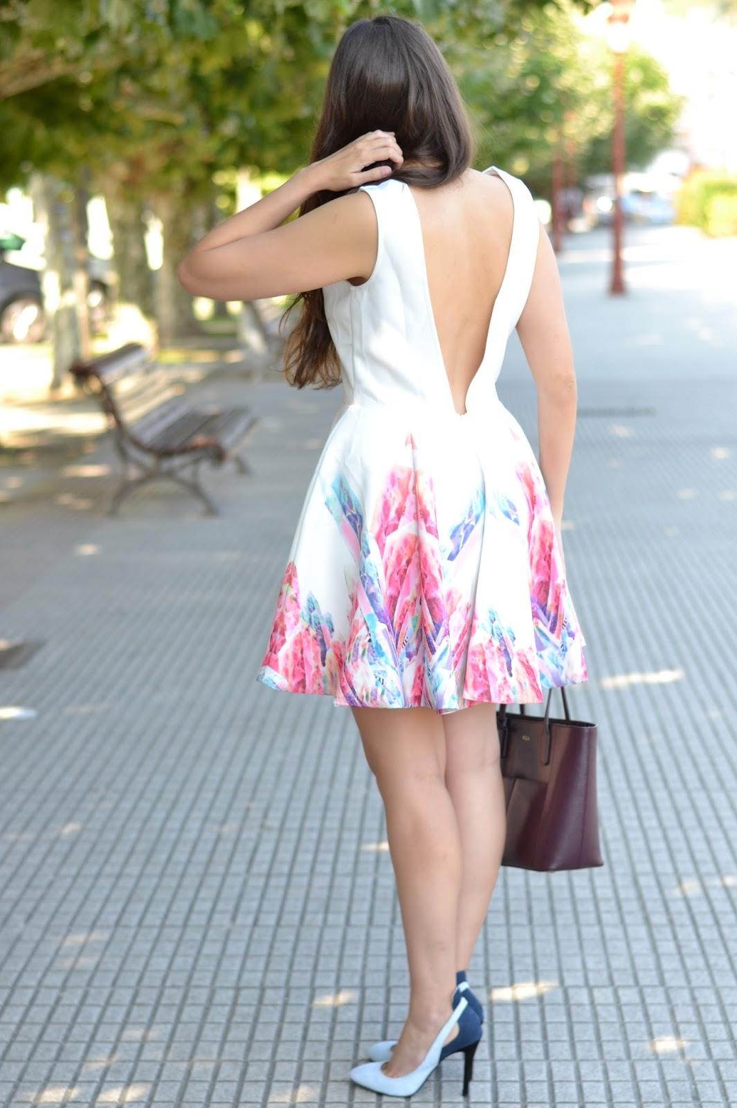 Vestido de sheinside con la espalda al aire