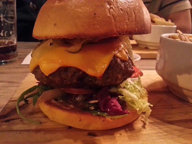 Cheeseburger from the Coach & Horses, Clerkenwell