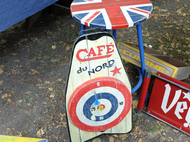 Braderie de LiIle 2014 et 2015, pancarte publicitaire vintage Café du nord Champs de Mars La Deule brocante braderie Lille ThatsMee.fr