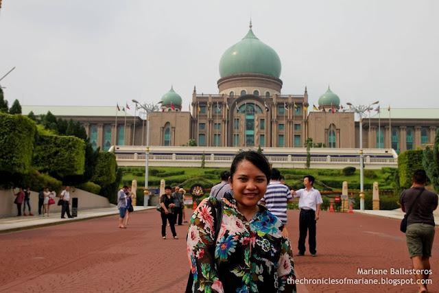 Perdana Putra blog