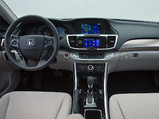 Honda-Accord-2015-Europa-Pictures-interior