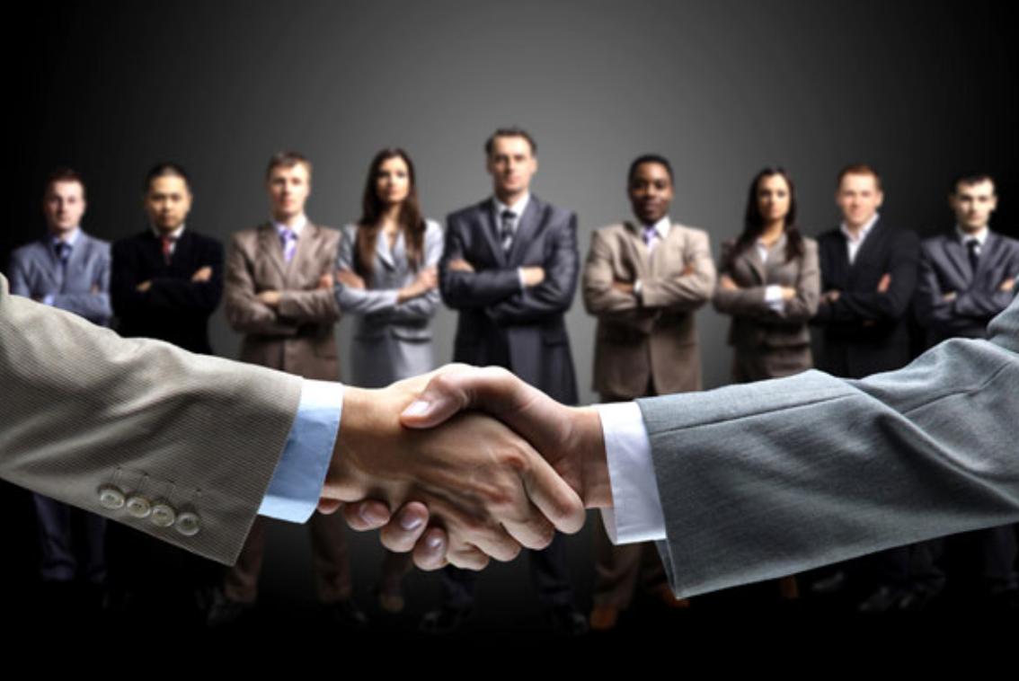 equipe de representantes, equipe de vendas, vendas, marketing, mercado, móveis, indústria moveleira, lorenzo busato, consultor