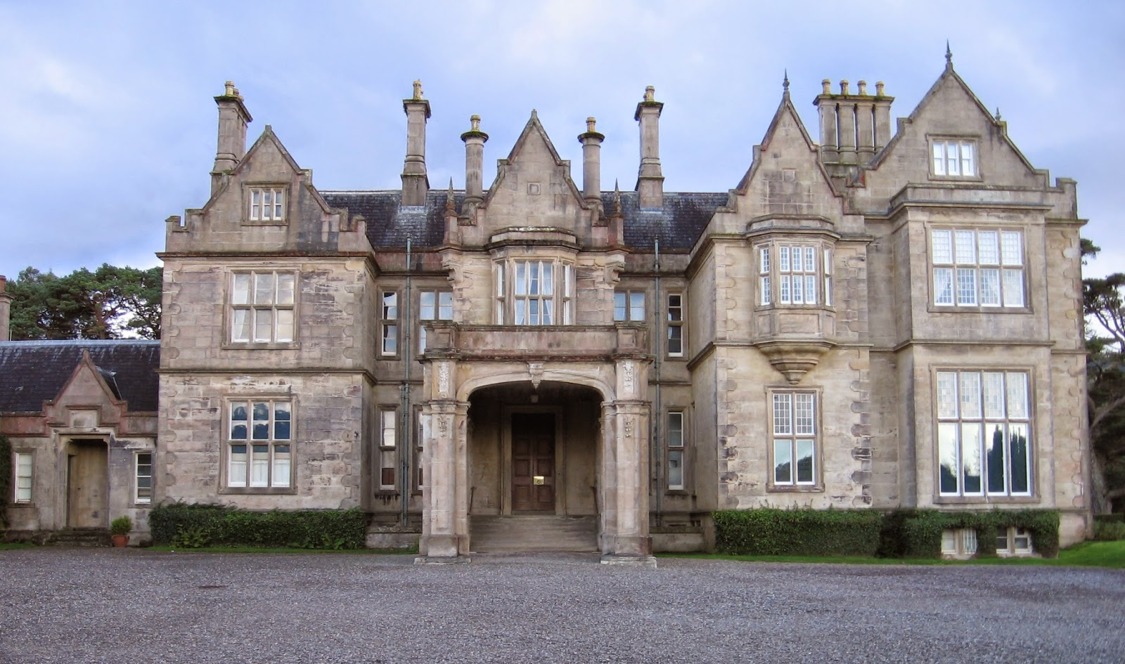 Muckross House facing the lake