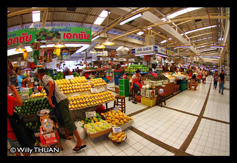 Or Tor Kor Market near Chatuchak - Bangkok Blog