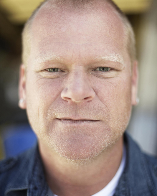 The holmes spot mike holmes bio to the millions of people around the world who watch mike holmes on tv every day he is far more than just a contractor fueled by a larger than life solutioingenieria Gallery