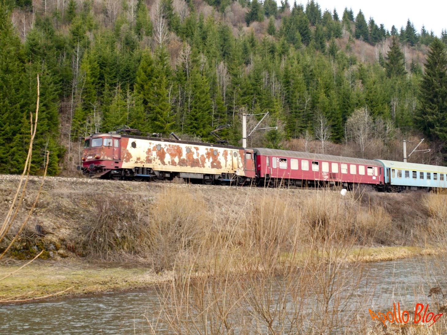 Tren ruginit