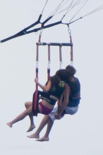 Selena Gomez  on Justin Bieber Le Paga A Selena Gomez    Taringa