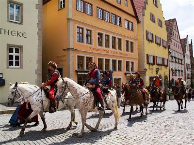 Buscando una posada en Rothenburg ob der Tauber