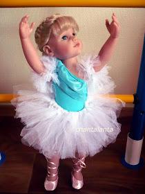 Как сделать юбку для куклы без ниток и иголок