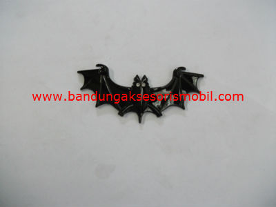 Emblem Kelelawar Hitam