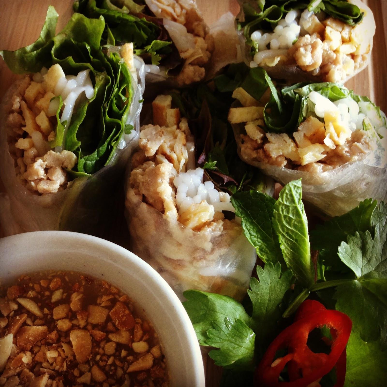Yaw Kao – Fresh spring rolls via: DaiandDal.com