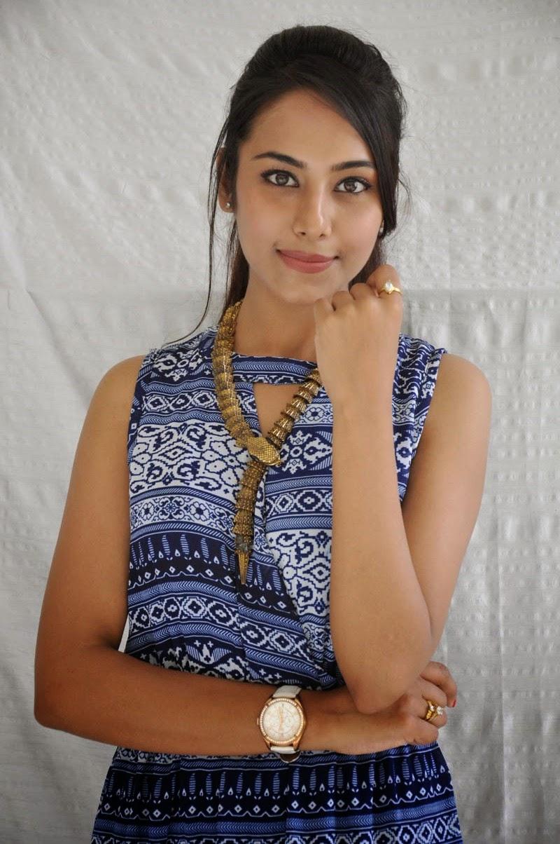 Khenisha Chandran at Jaganatakam press meet-HQ-Photo-15