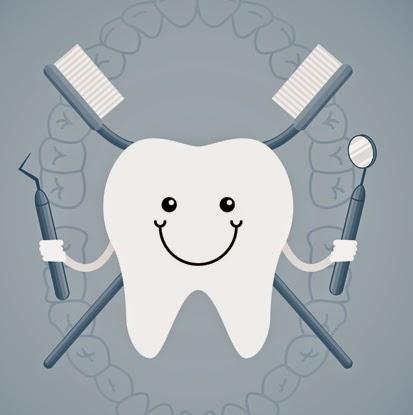 kiedy dziecku wychodzą pierwsze zęby