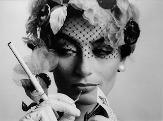 anouk aimee smoking