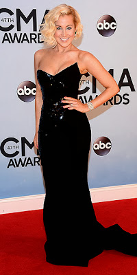 Kellie Pickler, CMA Awards, red carpet