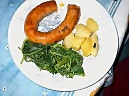 Alheiras com batatas e grelos