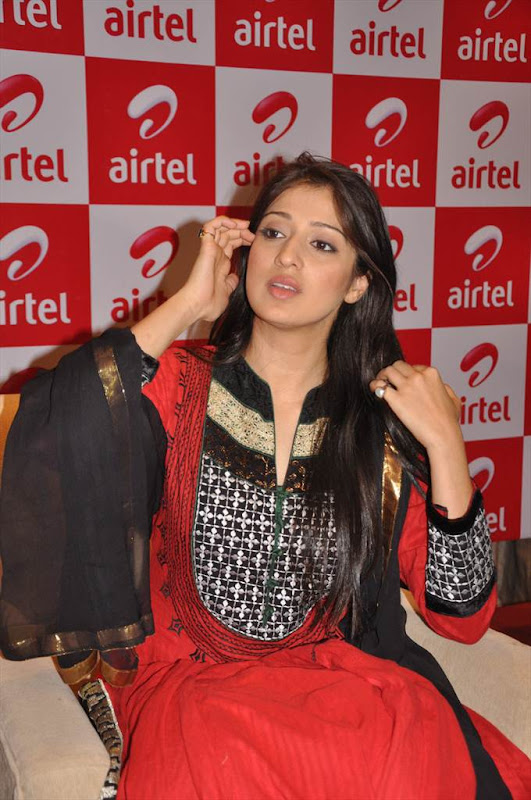 Tamil Actress Lakshmi Rai at AIRTEL Promotional Event gallery pictures
