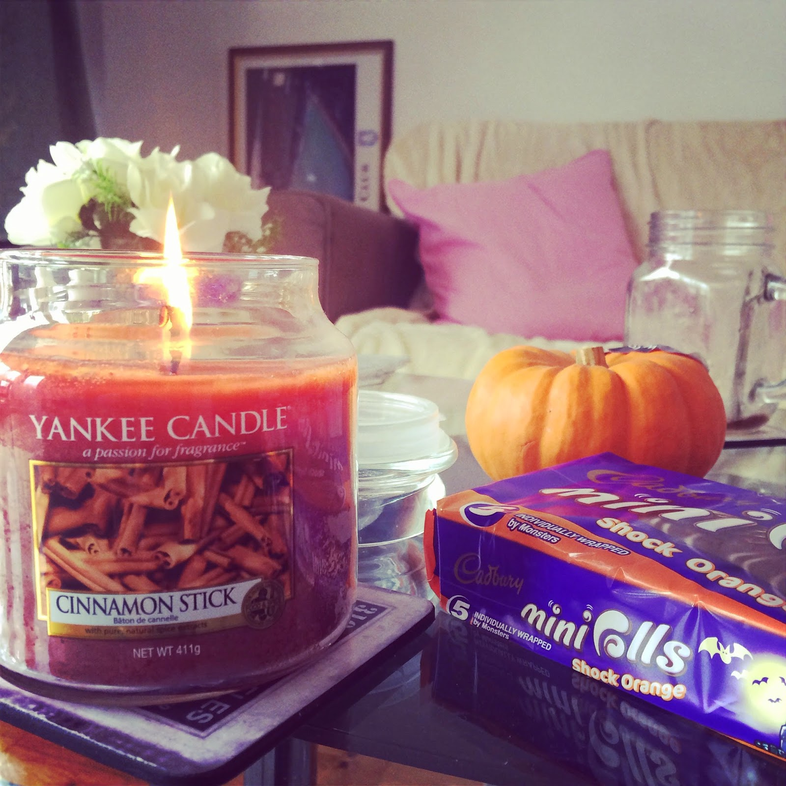 My autumn living room autumn candle