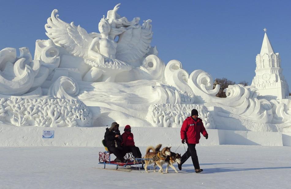 Harbin snow sculpture festival tutt art pittura