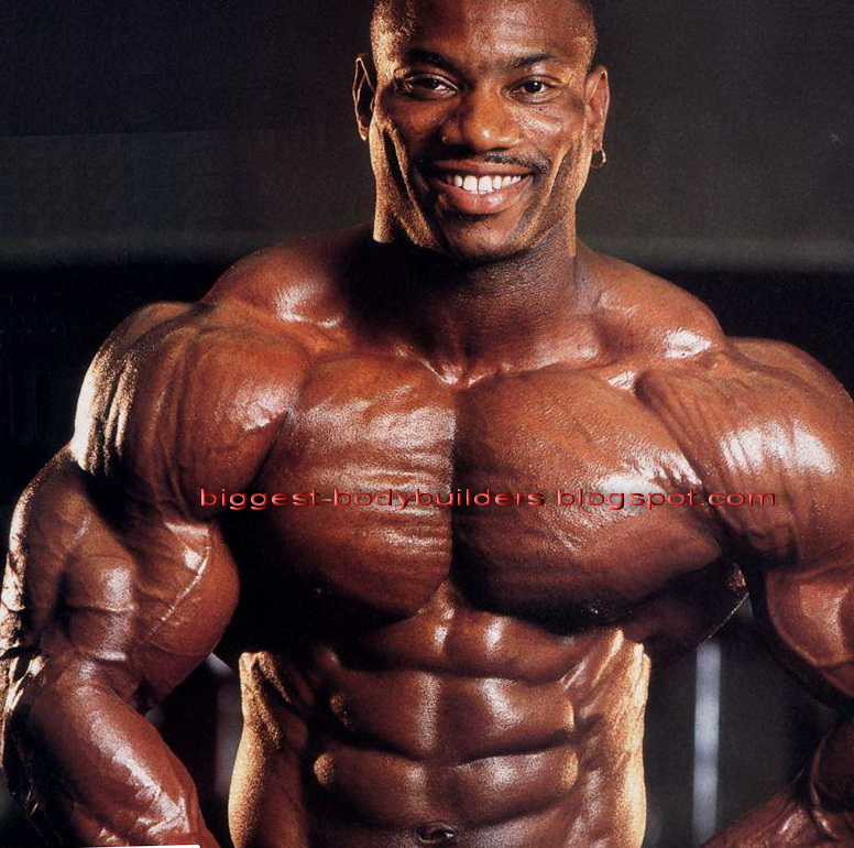 biggest body builders: biggest bodybuilder Dexter Jackson