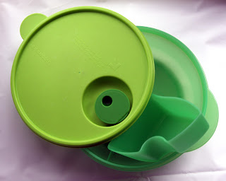 container for child lunch.